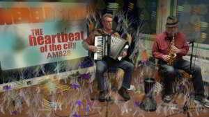 Charles Schouten en Nicko Christiansen bij Wereldstad radio
